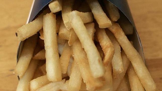 patatas-fritas-comida-rapida--644x362